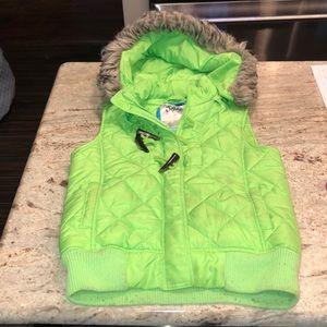Green justice vest